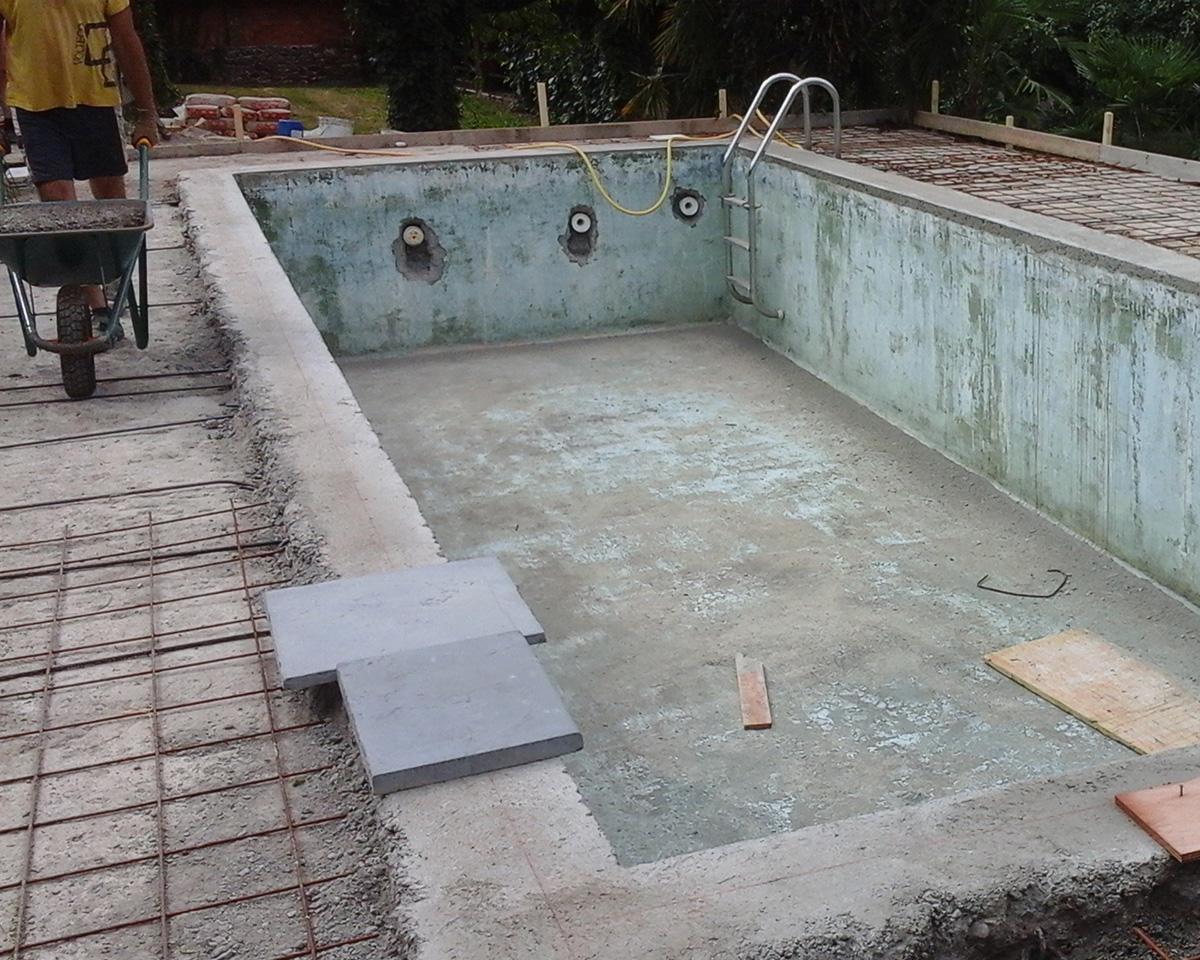 piscina prima del risanamento